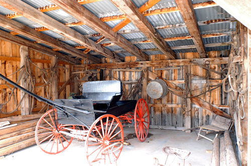 Wagon at Pioneer Museum