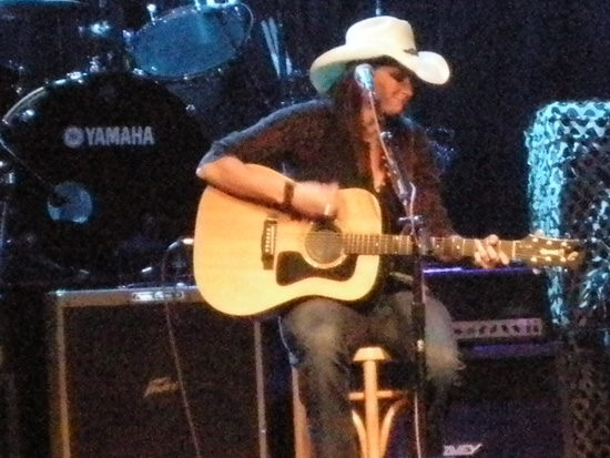 Terri Clark performing at the Outdoor Channel's awards party